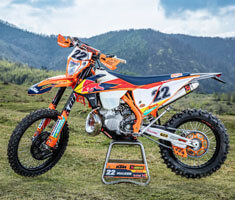 KTM is Back with Enduro Series Dirt Bikes